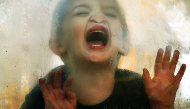 screaming child very annoying