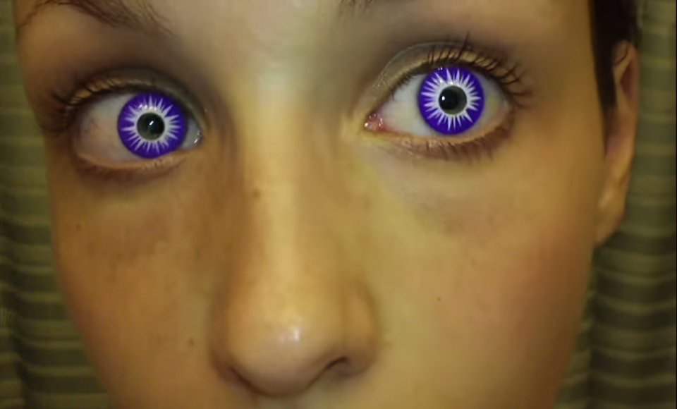 woman wearing camoeyes contact lenses